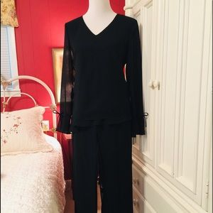 Donna Ricco Black Evening Pants Outfit